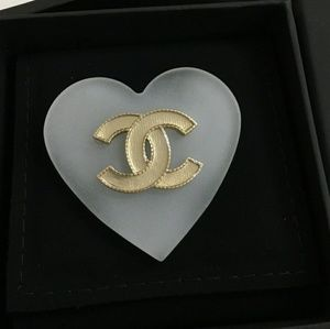 Authentic chanel heart brooch